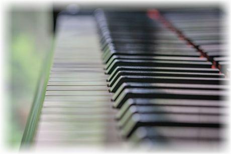 自作曲「ピアノのためのフーガ ト長調」